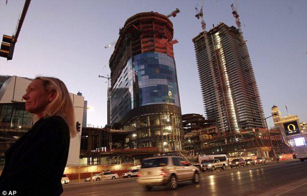 Insulele artificiale din Dubai, un ESEC de 10 miliarde de euro. TOPUL falimentelor din turism