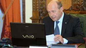 Basescu: NATO si Rusia nu pot merge atat de departe incat sa transforme disputa intr-un razboi rece
