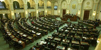 Initiativa adoptata tacit: Senatul vrea sa puna botnita jurnalistilor