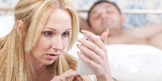Infidelitatea virtuala: flirtul fara sex este tot inselat?