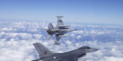 Avioane de vanatoare F-16 apartinand Portugaliei se alatura temutelor A-10 americane pentru un exercitiu NATO in Romania