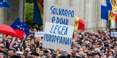Stratfor: Protestele de la Chisinau ameninta guvernul fragil al Republicii Moldova