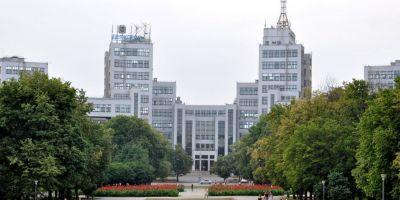 Harkov, un oras rupt intre Ucraina si Rusia