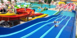 Parcurile acvatice de pe litoralul romanesc. Cele mai nastrusnice distractii pe care le gasesti vara la mare