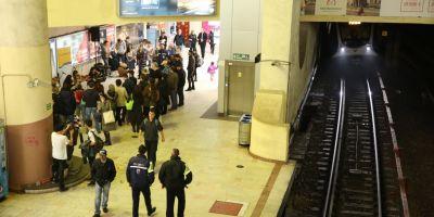 Programul RATB si al metroului in noaptea de Anul Nou