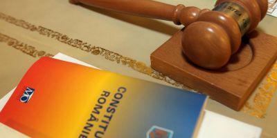 Abuzul in serviciu, noua portita de salvare a acuzatilor de coruptie, la mana Curtii Constitutionale