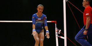 Ghinioanele se tin scai de gimnaste. O noua lovitura inaintea Campionatelor Europene de la Berna