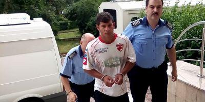 Criminalul care a ucis si spanzurat un copil la marginea unei paduri:
