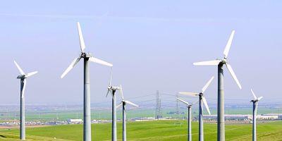 Cresc facturile de energie electrica. Contributia platita de consumatori pentru energia verde va fi majorata pentru a sprijini sectorul regenerabilelor