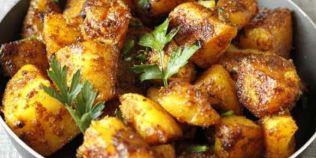 Cartofi Bombay, reteta de post pe care trebuie sa o incerci