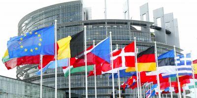 Parlamentul European solicita reintroducerea vizelor pentru cetatenii americani