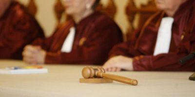 Comisia de la Venetia: In Romania ar trebui legiferat cel putin un parteneriat civil