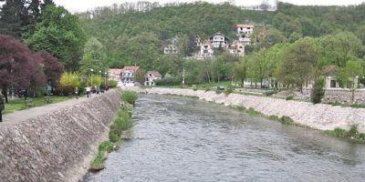 Romanii din Timoc, intre doua focuri. Complicitatile periculoase de pe cele doua maluri ale Dunarii impotriva organizatiilor romanesti din Serbia