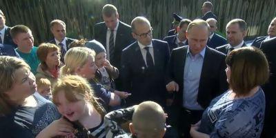 VIDEO Putin a intrat in campanie. Presedintele rus face gesturi de bunavointa atent orchestrate in perspectiva alegerilor