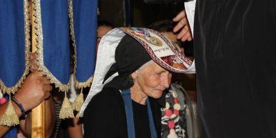 Povestea impresionata a femeii care merge 50 de kilometri pe jos, de jumatate de secol, pentru a ajunge la Nicula