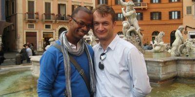 In asteptarea verdictului CCR privind casatoria gay. Adrian Coman si Robert Hamilton: