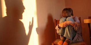 STUDIU De ce isi bat parintii copiii: pentru binele lor, ca sa-i pedepseasca sau pentru ca asa face toata lumea