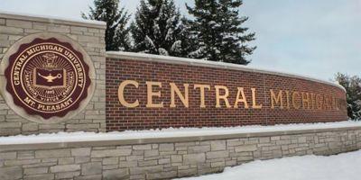 Incident armat la o universitate din Michigan: doua persoane au fost ucise. Atacatorul e in libertate