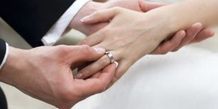 Casatoria, vesnicul motiv de bancuri. De ce vrea Ion ca sotia Maria sa se marite cu dusmanul Gheorghe dupa moartea lui