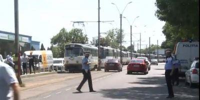 VIDEO Doua tramvaie s-au ciocnit pe Soseaua Viilor din Capitala. Patru persoane au fost ranite